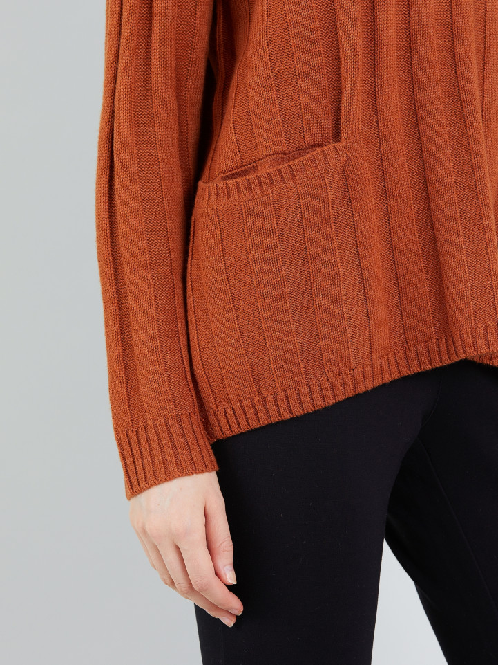 Relaxed Pocket Knit